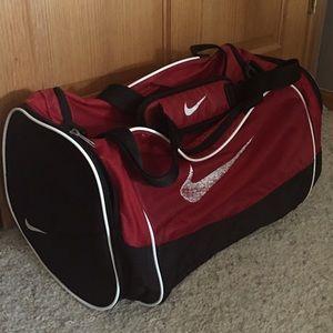 Large Nike Duffel Bag EUC